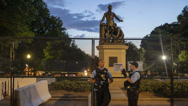 Lincoln Freeing the Slaves Statue