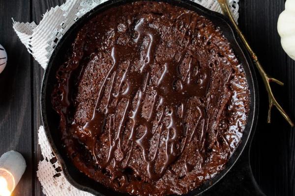 Thanksgiving Recipe: Debbie's Cast Iron Skillet Pecan Brownies