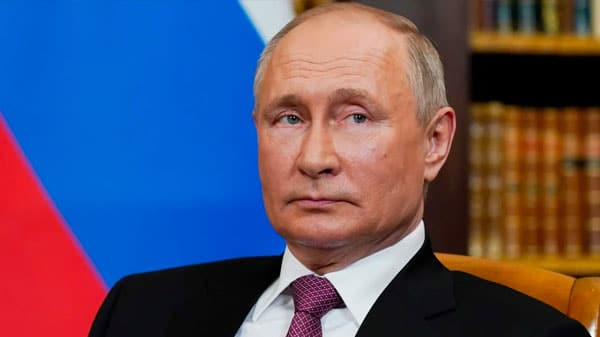 Russia's Leadership Is Still Trying to Revive the Soviet Union